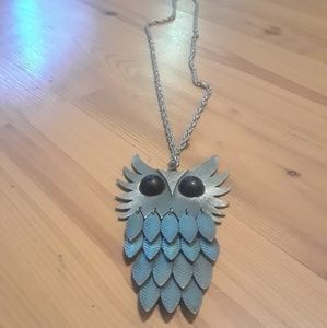 Jewelry - Vintage Owl Metal Long Necklace